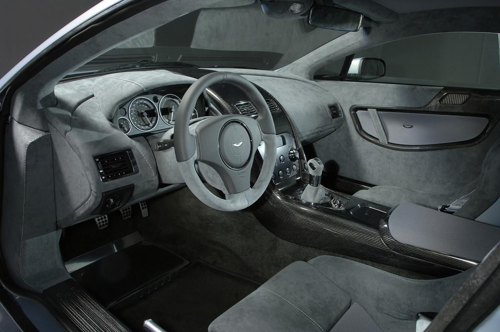 Foto de Aston Martin V12 Vantage RS (21/29)
