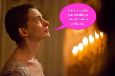 A Anne Hathaway se le va la cordura con el pelo: ¡y ahora lo lleva corto, cortito!