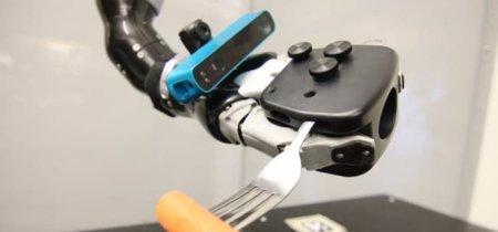 Poner cámaras en las manos de los robots: una solución para que ejecuten movimientos más precisos