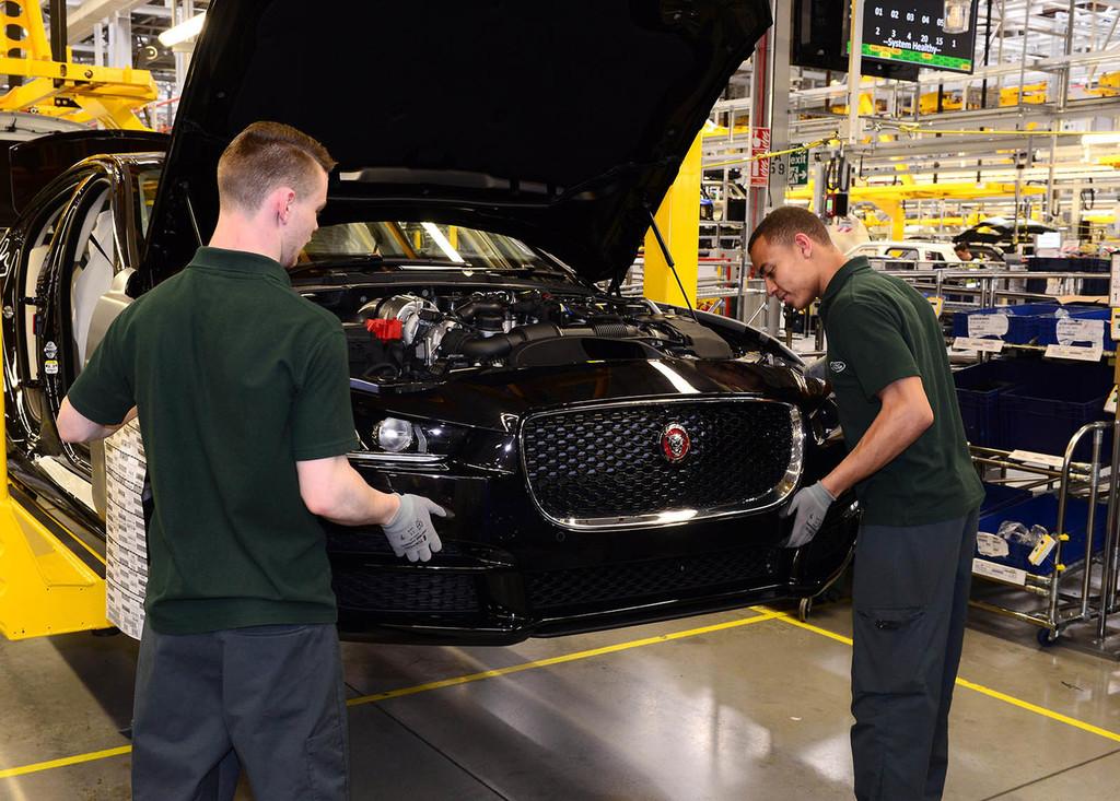 Jaguar-Land Rover podría sumarse a Citroën, Peugeot y Opel como la marca premium de PSA