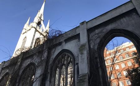 St. Dunstan in the East, el remanso de paz en plena City londinense