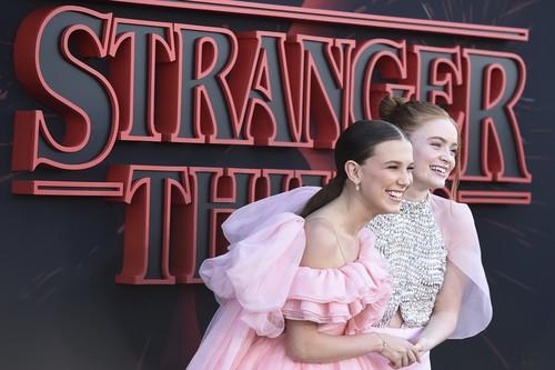 Se entrena la tercera temporada de Stranger Things y así de ideal ha sido la alfombra roja