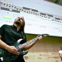 El bosón de Higgs al ritmo del heavy metal