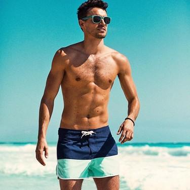Los bañadores más coloridos, divertidos y optimistas del verano están de rebajas en Sfera