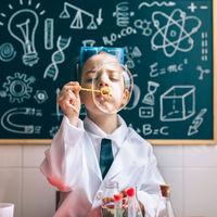 ¡Este verano, aprende ciencia jugando!
