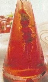 Vinagre de fresas a la albahaca