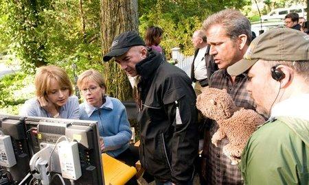 Estrenos de cine   27 de mayo   Mel Gibson y un castor de trapo