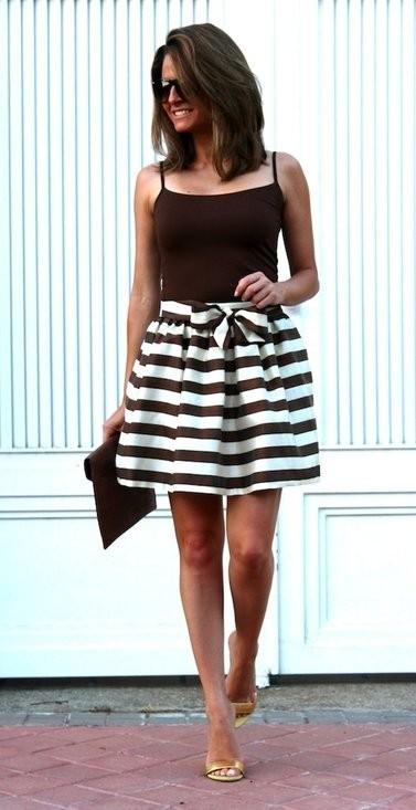 Una falda de rayas que mantenga la línea [Los 50 flechazos del verano]