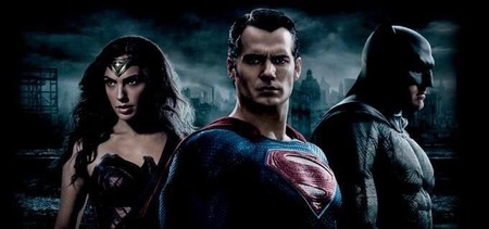 Banner de Batman V Superman con Wonder Woman