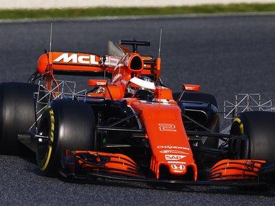 McLaren le pone los cuernos a Honda y toca la puerta a Mercedes