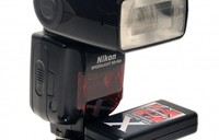 Lumedyne X, acelerador para reciclado de flashes compactos