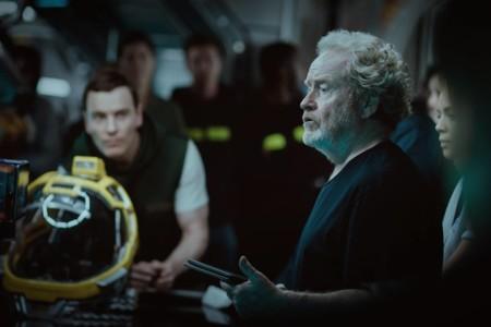 Ridley Scott y Michael Fassbender en el rodaje de Alien: Covenant