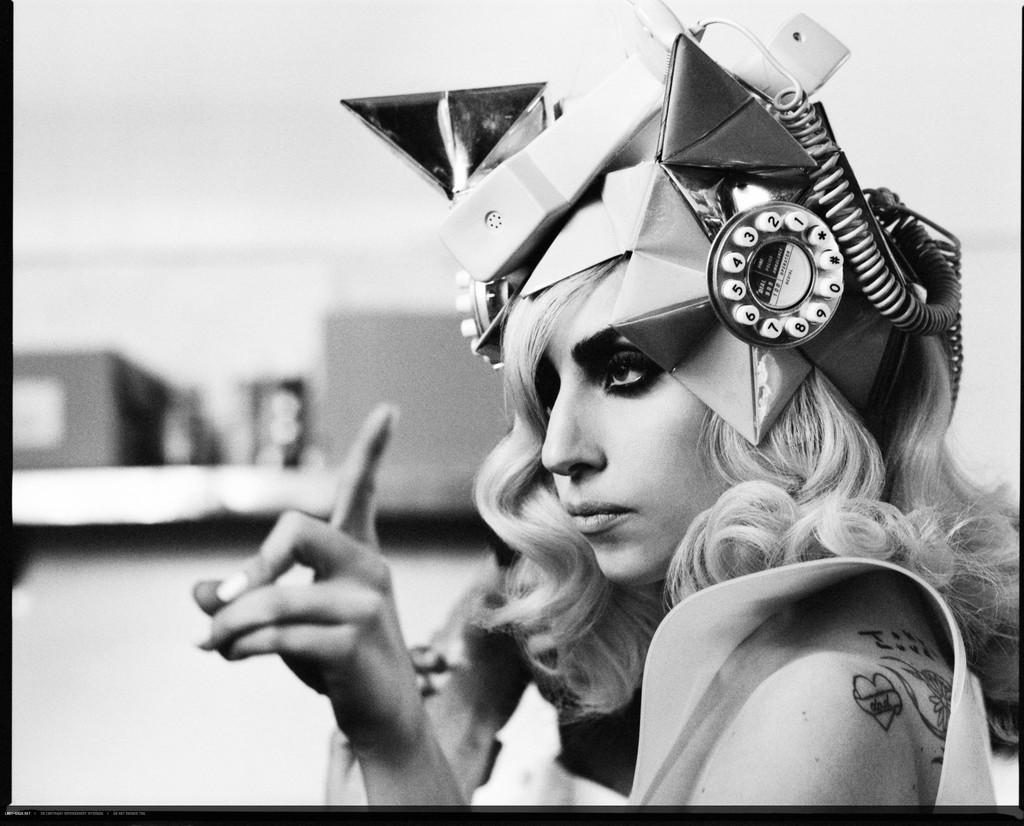 Foto de Lady Gaga y Beyonce en Tepephone (1/7)