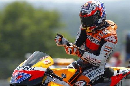 MotoGP Francia 2011: Casey Stoner gana, Dani Pedrosa se lesiona y Marco Simoncelli en el punto de mira