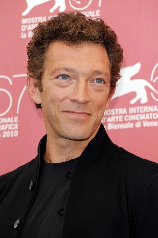 vincent cassel looks