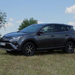 Foto 18 de 25 de la galería prueba-toyota-rav4-hybrid-exteriores-coche en Motorpasión