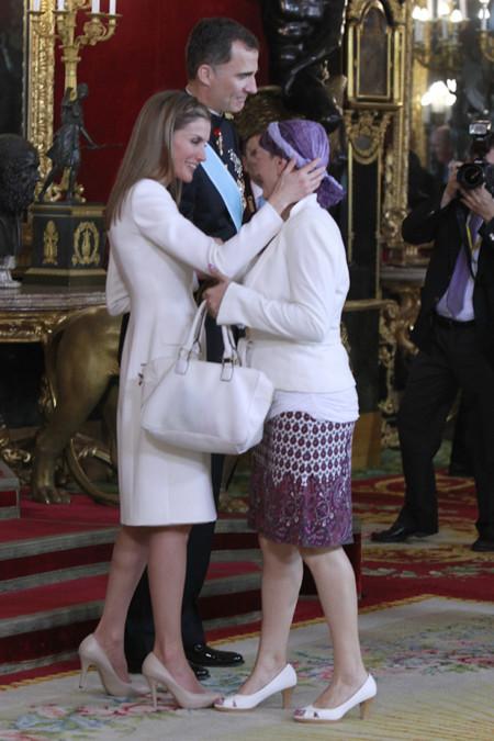 Uxue Barkos recepcion Felipe VI Letizia