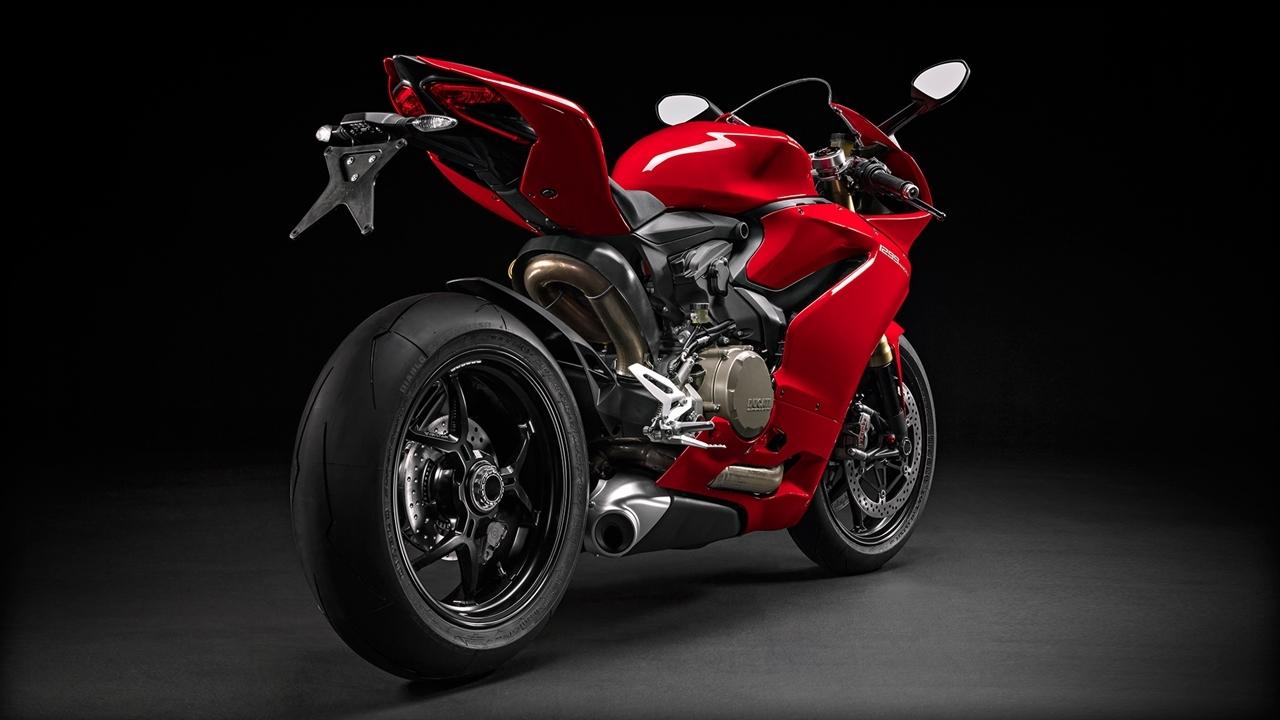 Foto de Ducati 1299 Panigale (16/17)