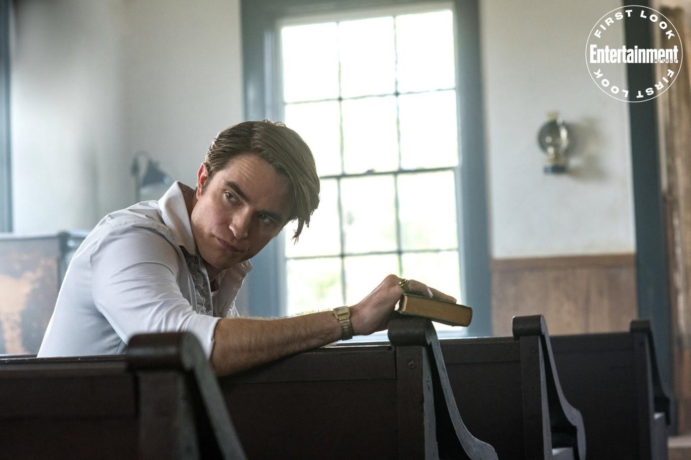 Robert Pattinson The Devil All the Time Netflix