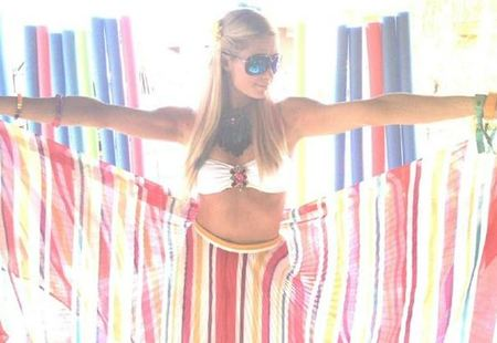 paris hilton coachella 2012