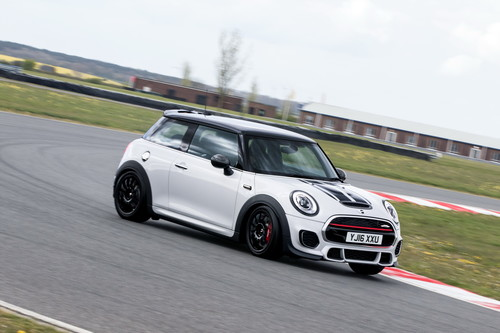 Mini John Cooper Works Challenge, una versión más hot del hot-hatch