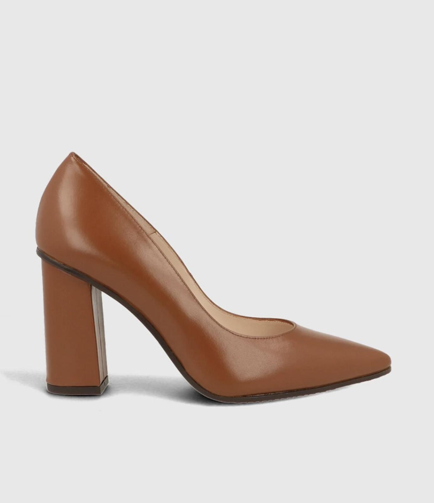 Zapatos de salón de mujer Lodi con tacón cuadrado en piel de color marrón
