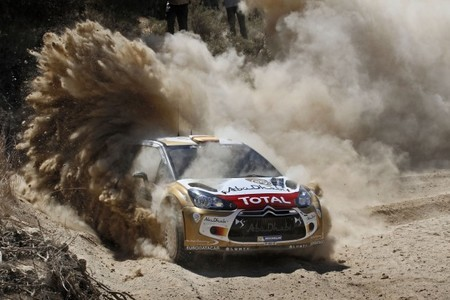 Rally Acropolis 2013: primer abandono del año de Sébastien Ogier, Dani Sordo segundo