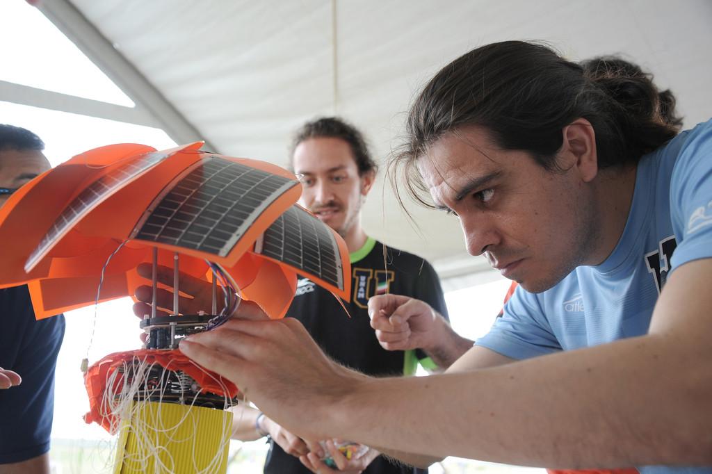 CatSat, el proyecto mexicano que está diseñando el primer psicosatélite para que sea programado por niños