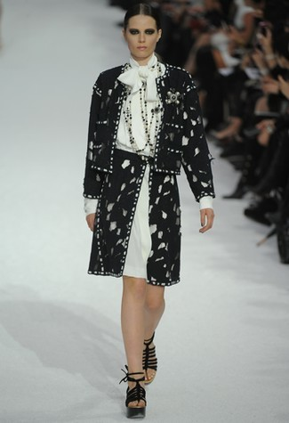Foto de Chanel Primavera-Verano 2011 en la Semana de la Moda de París (1/22)