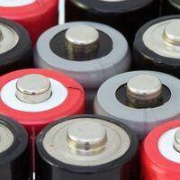 Panasonic muestra su nueva generación de baterías para Tesla: más pequeñas y con más autonomía