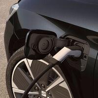 La primera fábrica de baterías en España estará impulsada por el Gobierno, SEAT e Iberdrola, y adelantará a la de Ford en Valencia