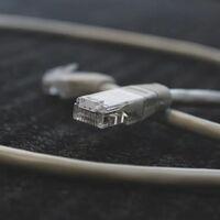 Por qué millones de móviles, PCs, Smart TVs e incluso PS3 y Kindle desactualizados pueden quedarse sin internet desde hoy