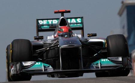 GP de Turquía F1 2011: Michael Schumacher y los coches de choque