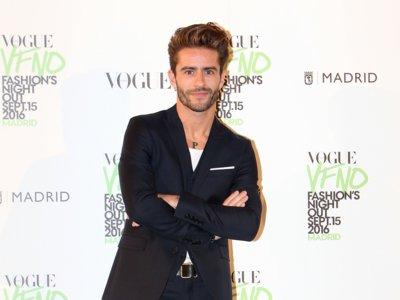 Los hombres con más estilo del país se divierten en la Vogue Fashion Night Out