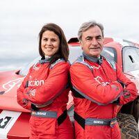 Laia Sanz se pasa a los coches sin dejar las motos para correr la Extreme E, un Dakar eléctrico, junto a Carlos Sainz