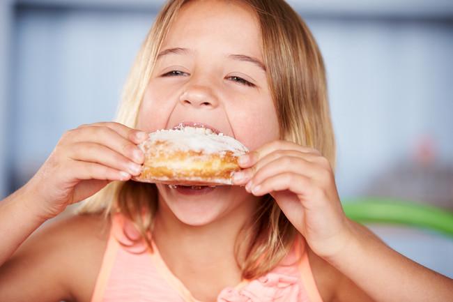 ¿Cómo quieren conseguir que tu hijo se atiborre de azúcar pensando que es sano?