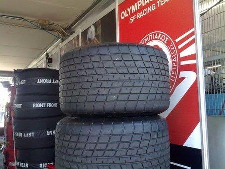 En España circulan más de un millón de vehículos con neumáticos en mal estado