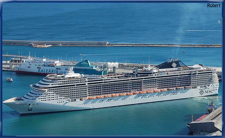 Viajar gratis en cruceros trabajando en ellos