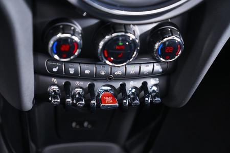 MINI Cooper S Cabrio 2019 botón arranque