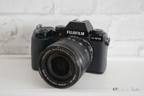 Fujifilm X-S10 análisis: una nueva vía en la familia X que nos da algunas de cal y otras de arena