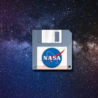 Un astronauta encuentra disquetes de la época de Windows 95 en la Estación Espacial Internacional
