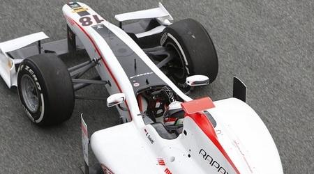 Stefano Coletti obtiene el mejor tiempo en el primer día de pruebas de la GP2 en Barcelona