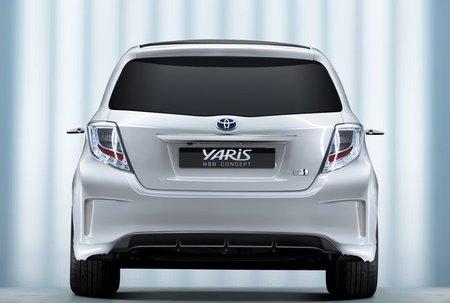 Toyota-Yaris-HSD-pos