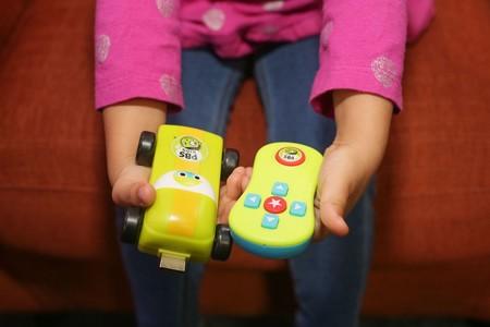 PBS Kids Plug & Play, un stick HDMI pensado para los más pequeños de la casa