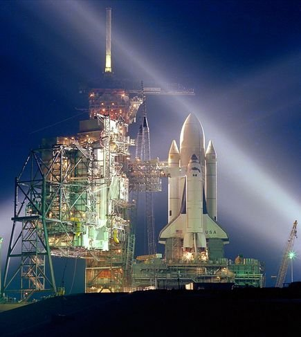 best-unforgettable-space-shuttle-pictures-first-shuttle-launch_37671_600x450.jpg