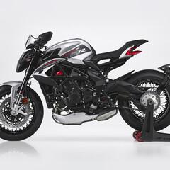Foto 11 de 15 de la galería mv-agusta-dragster-800-rr-2021 en Motorpasion Moto