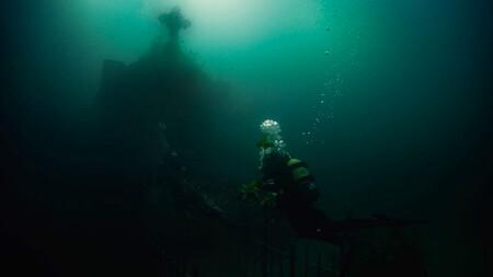 Escalofriante tráiler para 'The Deep House': terror de casas encantadas bajo el agua en lo nuevo de los directores de 'Al interior'