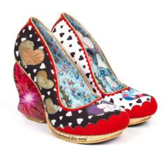 Foto 30 de 88 de la galería zapatos-alicia-en-el-pais-de-las-maravillas en Trendencias