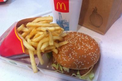 McDonald's usará pollos sin antibióticos y leche sin hormonas