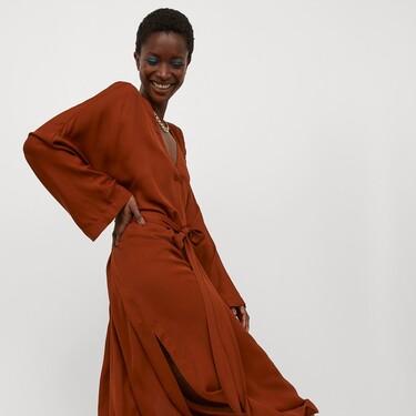 H&M nos enseña cinco estilos de vestidos que se pueden usar todo el año